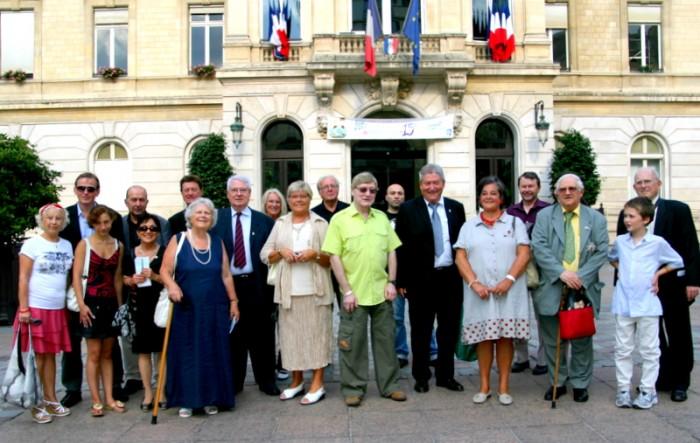 3 septembre sedb  et maire du 15° arrt Paris.jpg